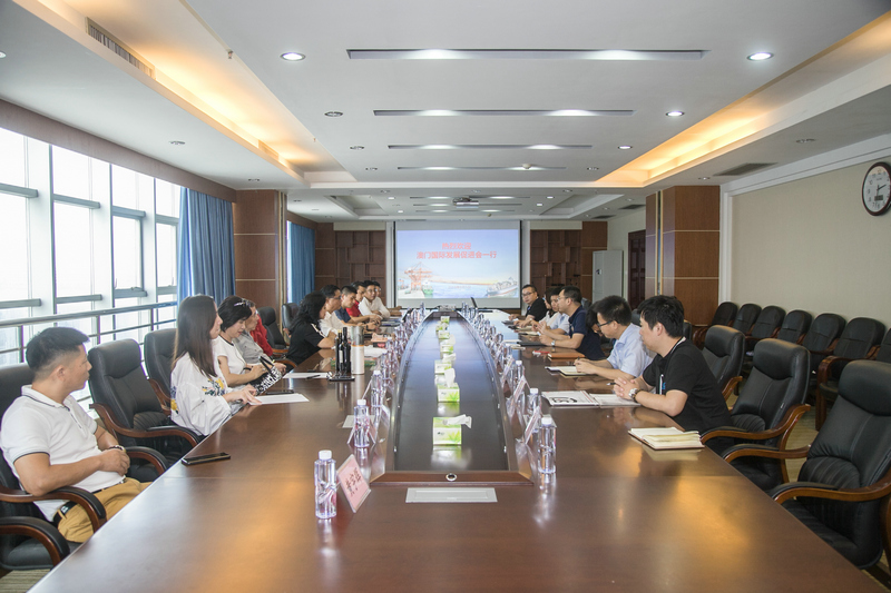 澳门国际发展促进会到钦州保税港区考察